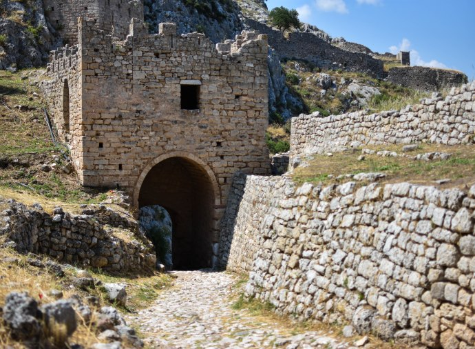 2017-06-09-Day-4-acrocorinth14