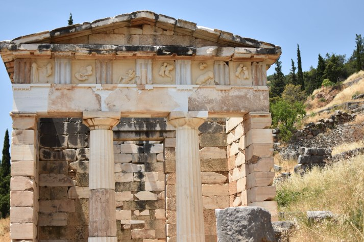 2017-06-14-Greece-Delphi-temple