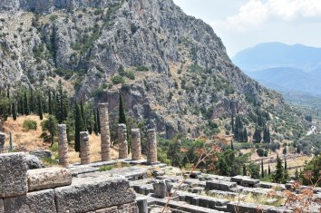 2017-06-14-Greece-Delphi-view-apollo2