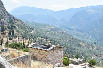2017-06-14-Greece-Delphi-view